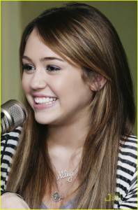 185724_miley-cyrus-climb-radio-disney-05.jpg